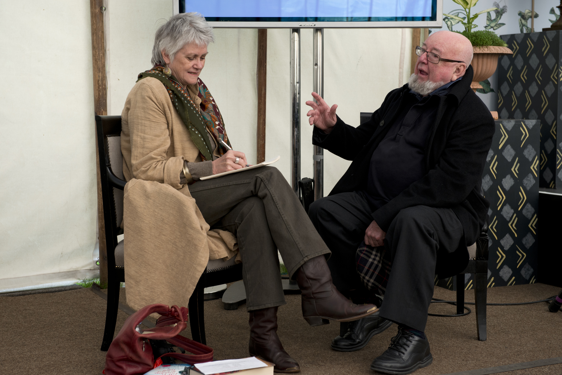 Interviewing Thomas Keneally about his novel The Daughters of Mars, set in World War I